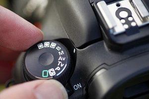 canon-camera-dial-top